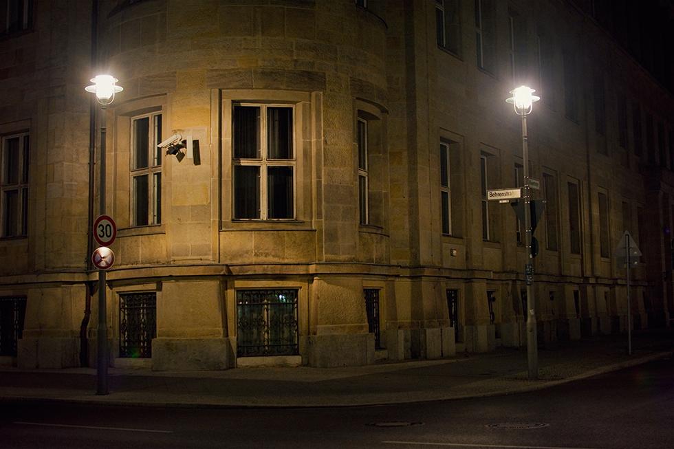 Berlin  - Mädchen aufm Dach | Fenja Hardel