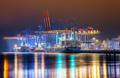 Am Hamburger Hafen.